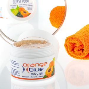 orangeblue natural body peeling with almond and kukui seed oil for silky, smooth skin