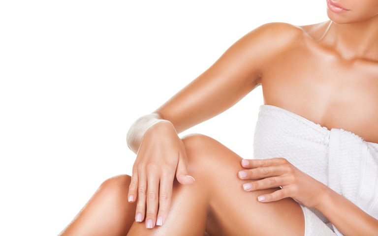 A SUPPLE SKIN WITH THE MAGICAL ALMOND OIL - ORANGEBLUE BODY LOTION